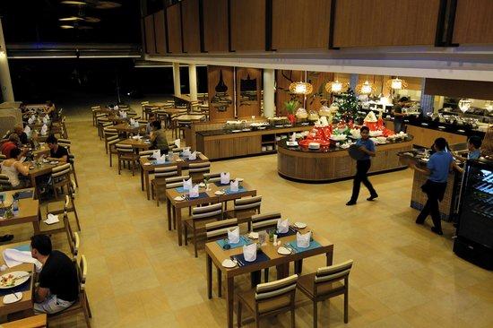 Deevana Plaza Krabi Aonang: Restaurangen