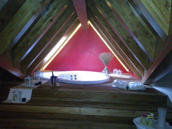 Vasca Da Bagno Harmony : Bagno natura suite foto di harmony suite hotel selvino