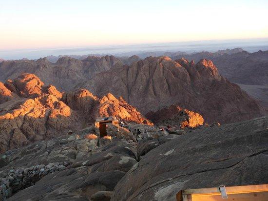 Rajak Day Tours : Moses Mountain