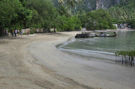 "Rayavadee Resort: The ""beautiful"" beach used as supply port"