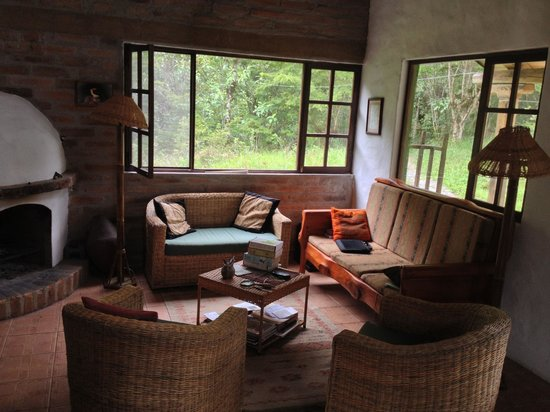 El Refugio de Intag Lodge: Living room of the River House