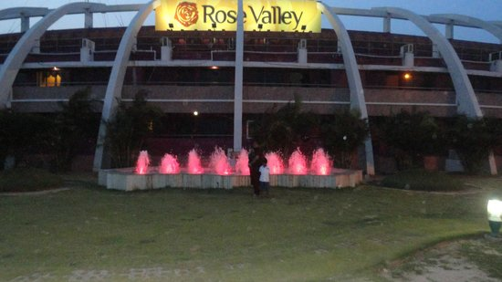 Rose Valley Manadarmoni Beach Resort: b
