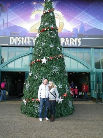 Explorers Hotel: Disneyland Paris 20th anniversary