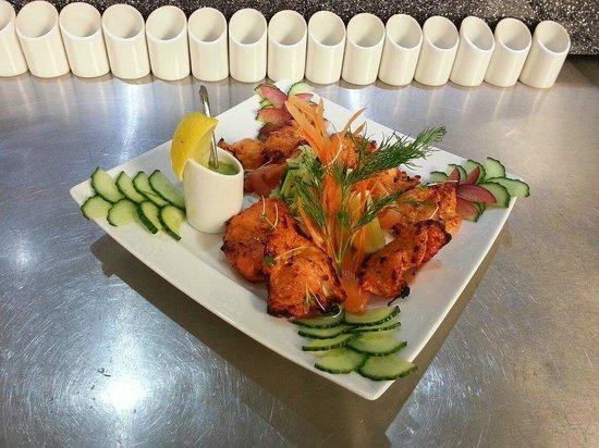 Al Naseeb: Chicken Tikka Main Course