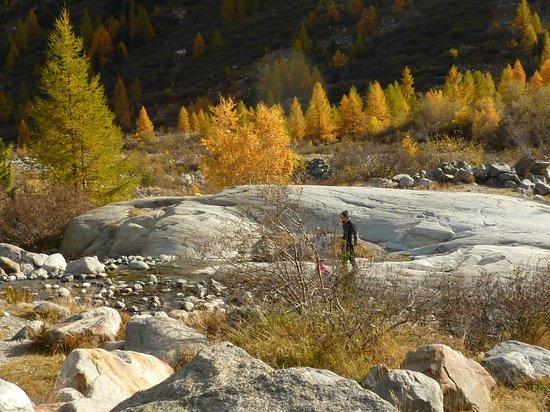 Hotel Val Sinestra : stenen uit de laatste ijstijd
