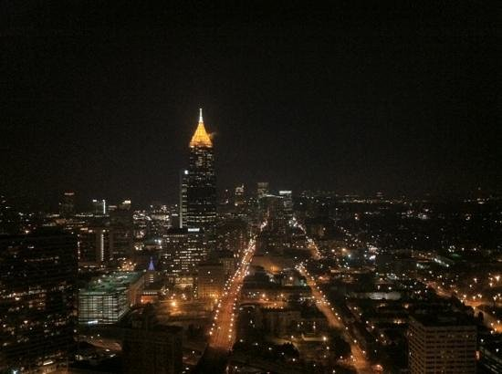Atlanta Marriott Marquis: night time view from room