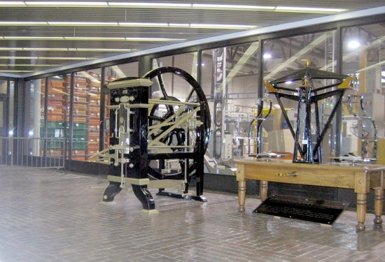 Royal Canadian Mint: Old Mint Machinery