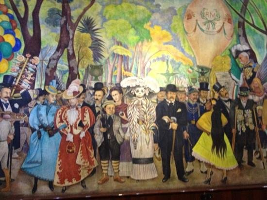 Journeys Beyond the Surface Popular Culture Tours: Art Comes to Life, one of many murals expertly described