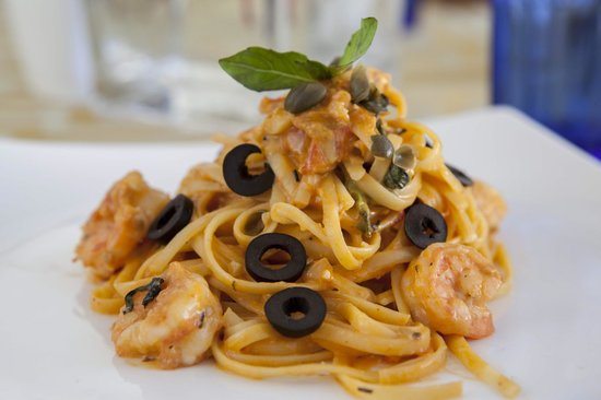 Deco on 44 : Chilli Prawn Pasta