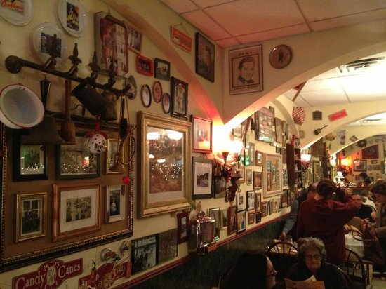 Mamie's Cafe At Christmas