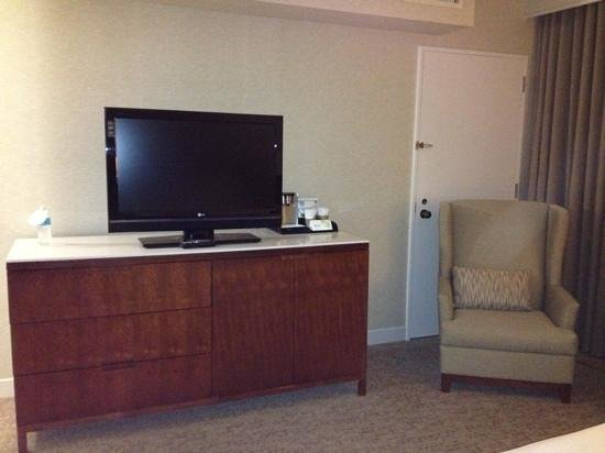 Westin Galleria Houston Hotel: TV