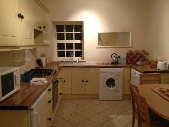 Primrose Grange House: Kitchen and dining