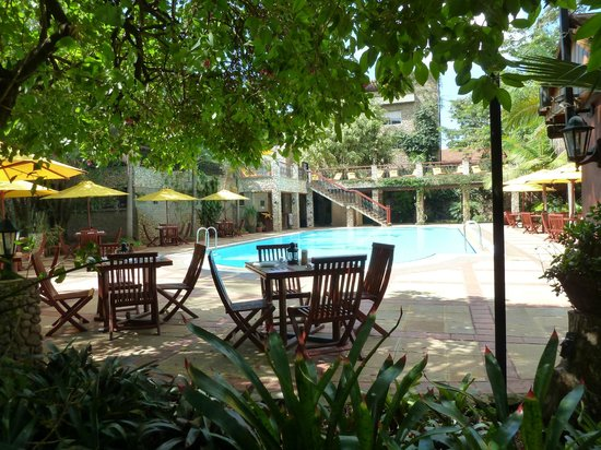 Fairview Hotel: The pool
