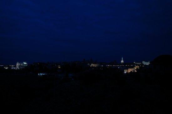AC Hotel Ciudad de Toledo: Night view of Toledo from our patio