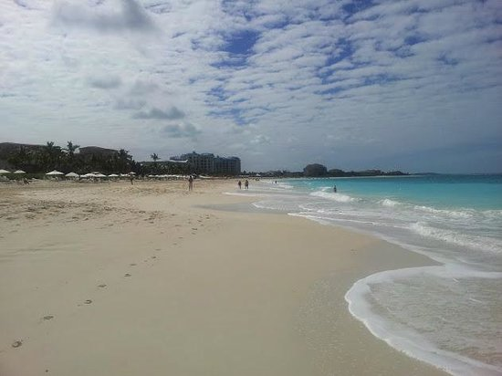 Royal West Indies Resort: Walk the beach forever