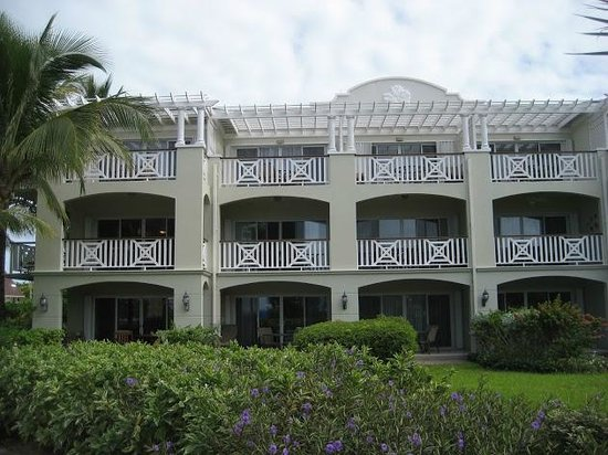 Royal West Indies Resort: Building 2