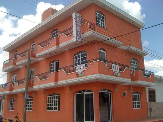 Hotel Suites Baroni