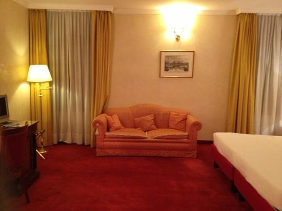 Hotel Dona Palace: junior suite