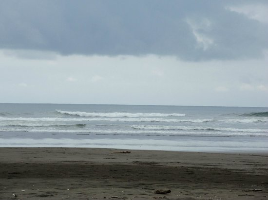 Esterillos Este, Costa Rica: The beach