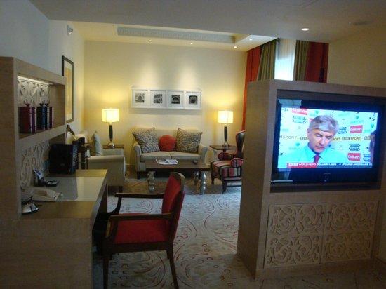 Living room picture of itc maratha mumbai mumbai - The living room mumbai maharashtra ...