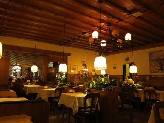 Restaurant Rendez-vous: Inside view