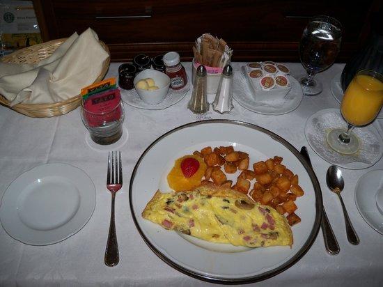 Le Centre Sheraton Montreal Hotel: Room service