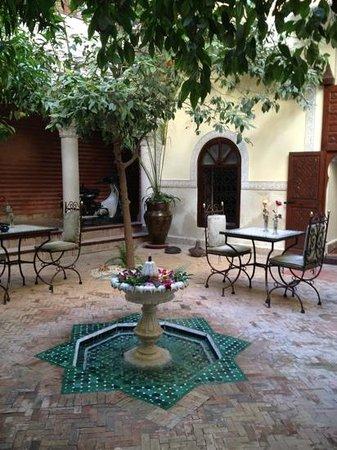 Riad Sidi Ayoub : Courtyard