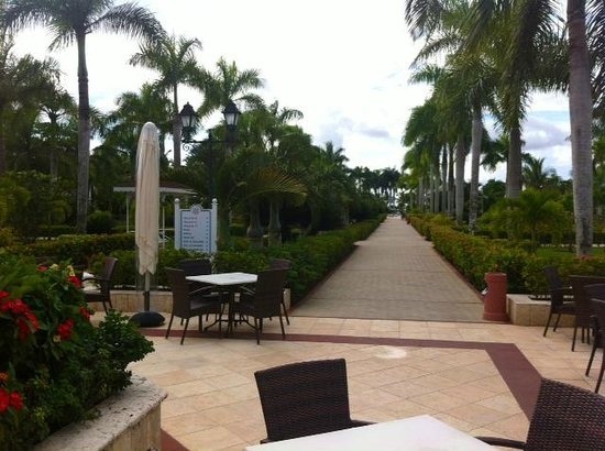 Grand Bahia Principe La Romana: Ground