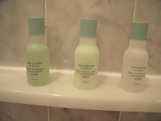 Grand Hyatt Taipei: June Jacobs toiletries