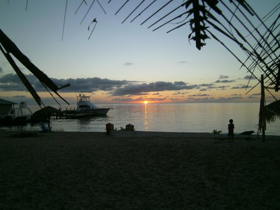 Sueno Del Mar Resort: Just one of the amazing sunsets while we were there