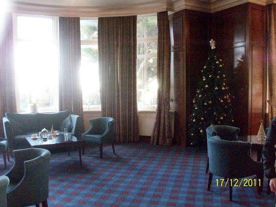 Hallmark Hotel Bournemouth Carlton: Hotel Public Lounge