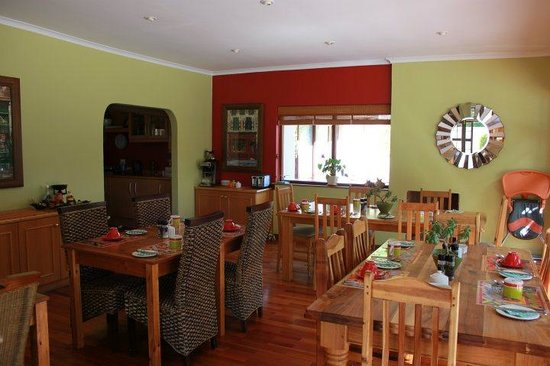Bayside Guesthouse: Breakfast Room