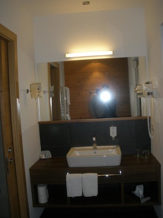 Mountain Nature Hotel Stores: bagno
