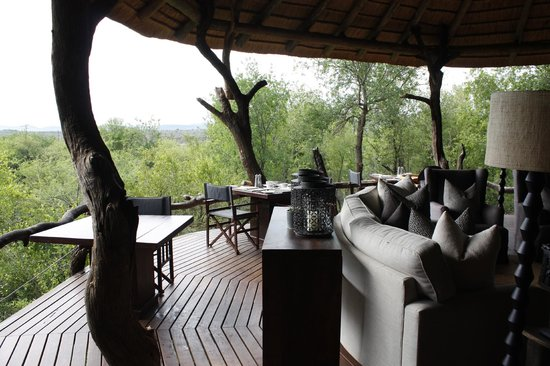Madikwe Safari Lodge: where meals are served