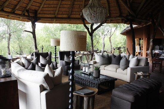 Madikwe Safari Lodge: main area