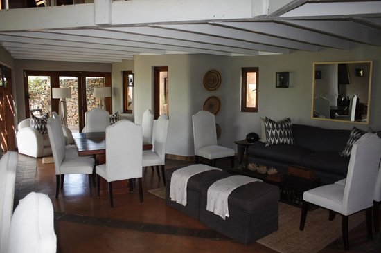 Madikwe Safari Lodge: common area