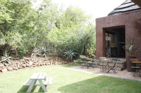 Madikwe Safari Lodge: grounds