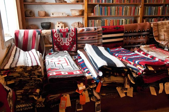 Navajo Rugs For Sale Picture Of Hubbell Trading Post Ganado