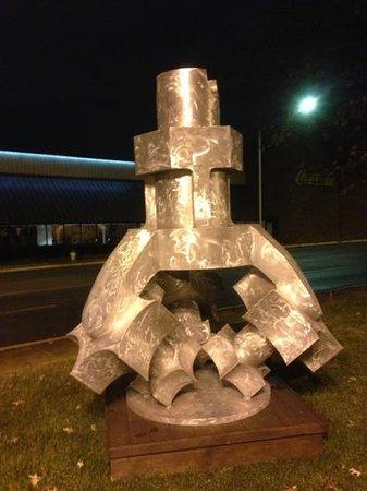 Huntsville, AL: outside artwork