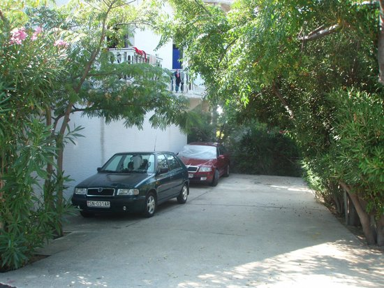 Apartments MINT: Parking place
