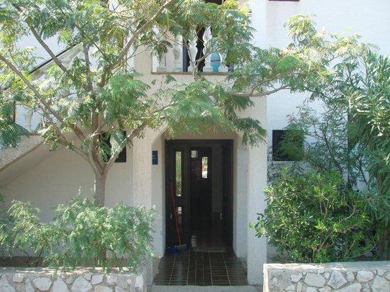 Apartments MINT ground floor entrance