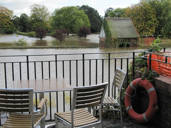 Rowntree Park: View from cafe over flooded park