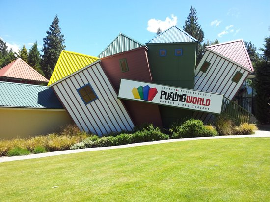 Stuart Landsborough's Puzzling World: interesting art beckons