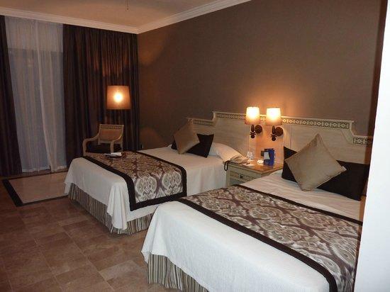 Grand Palladium Kantenah Resort & Spa: Chambre standard