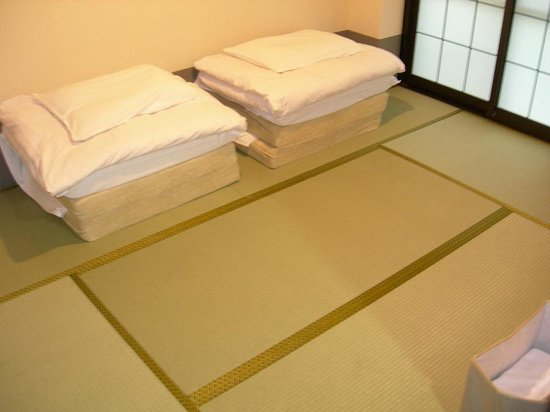 Tour Club : E type japanese style room with bathroom.