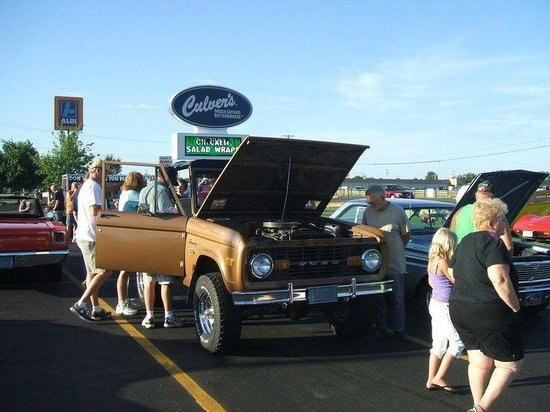 Culver's : more cars at culvers