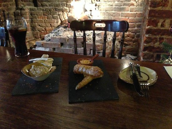 Lidgate, UK: Tapas lunch at the star