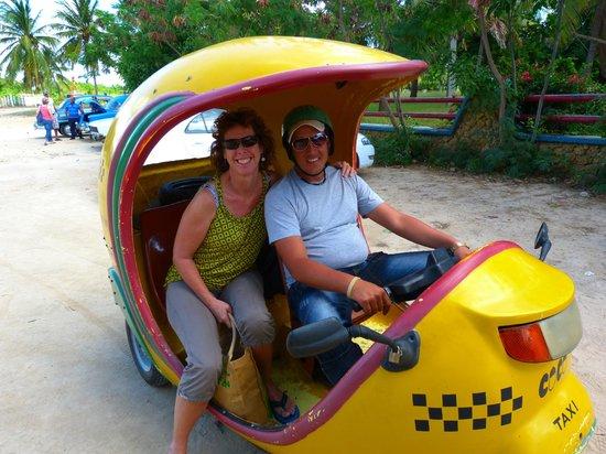 Ancon Beach: Coco Taxi!