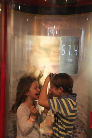 Maryland Science Center: Hurricane Simulator