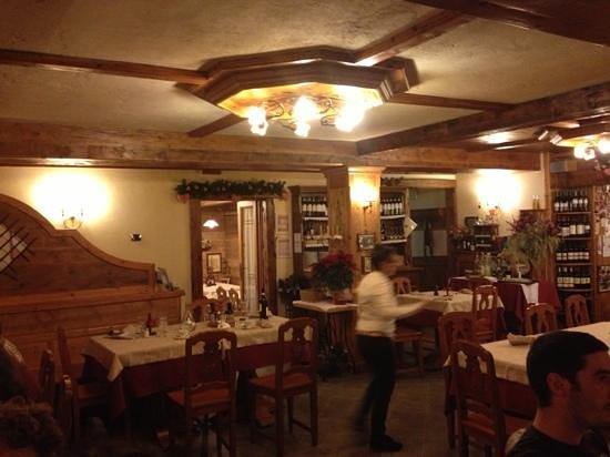 Cavallino : la sala ristorante